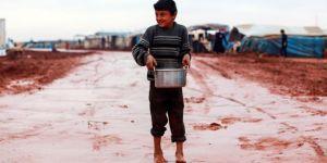 Suriye'deki çadır kentlerde kış mevsimi zor geçiyor