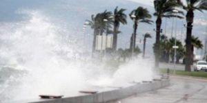 """Antalya için """"tam fırtına"""" uyarısı"""