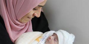 Diyarbakır'da yemek borusu tıkalı doğan bebek sağlığına kavuştu