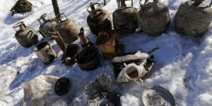 Pervari'de PKK'ye ait 15 sığınak imha edildi
