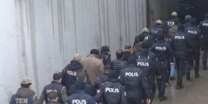 Gaziantep'te sosyal medyada PKK propagandasına 13 gözaltı