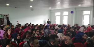"""""""Kişisel Gelişimin Kur'an'daki Yeri"""" konulu konferans"""