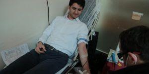 VASKİ personelinden Kızılay'a kan bağışı