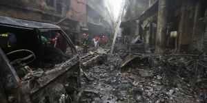Huge fire kills at least 78 in Bangladesh