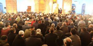 İbadete açılan tarihi Kurşunlu Camii Regaib Kandili'nde doldu taştı