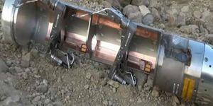 US bombs reach Yemen before its humanitarian aid