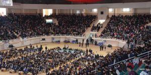 Diyarbakır'da yetimler yararına düzenlenen konser yoğun katılımla gerçekleşti