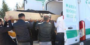 Mezarlıkta erkek cesedi bulundu