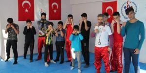 Midyat'ta gençler dövüş sanatlarını öğreniyor