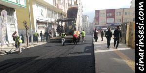 Bismil'de sıcak asfalt çalışmalarına başladı