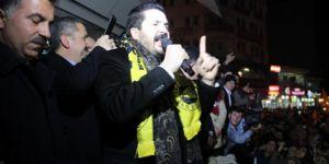 Ağrı'da AK Parti'den seçim kutlaması