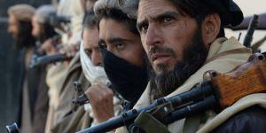 Taliban Afganistan'ın kuzeyinde 2 ilçeyi ele geçirdi