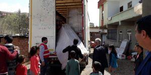 Kızılay Diyarbakır Sur'da selzedelere yardım etti