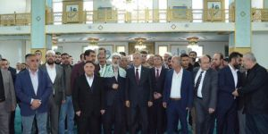 Arınç: Resulullah'ın ismi geçtiği an Diyarbakır meydanları doldurur
