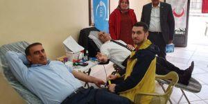 Kan bağışı konusunda daha duyarlı olmalıyız