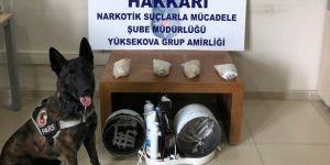 Hakkari'de kargo aracında uyuşturucu ele geçirildi