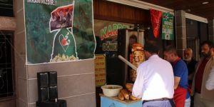Free doner kebab in exchange for salawats