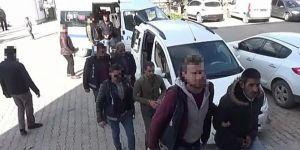 Van ve Ağrı'da göçmen tacirlerine yönelik operasyon