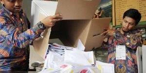 Indonesian election kills at least 272 election staff