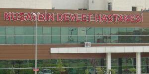 Nusaybin'de elektrik şirketi personeli akıma kapıldı