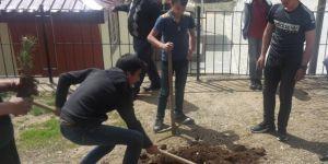 Bitlis'te Her Öğrencinin Bir Ağacı Olsun etkinliği