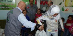Bayram öncesi yardımlar ihtiyaç sahibi aileleri mutlu etti