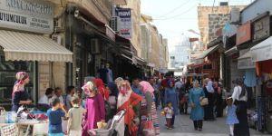 Çarşı pazarda Ramazan Bayramı bereketi