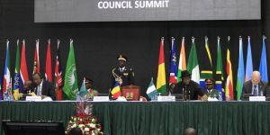 Afrika Birliği, Sudan'ın üyeliğini askıya aldı