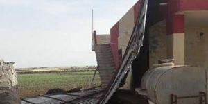 Viranşehir'de fırtına çatıları uçurdu: 3 yaralı
