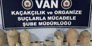 Van İpekyolu'nda tarihi eser operasyonu