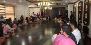 Mardinli öğrenciler sınav öncesi Şanlıurfa'yı gezdi