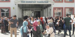 Turkey's students competing for university entrance exam