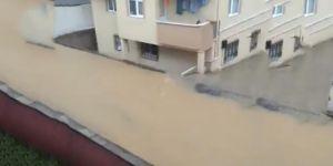 Darıca'da sel: Bir kişi hayatını kaybetti