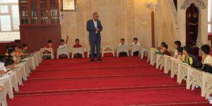 Çocuklar yaz Kur'an kursunda İslam ahlakını öğrenecek