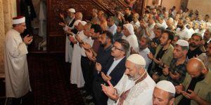 Binlerce Muhammed Mursi bu davaya feda olmak için hazırdır