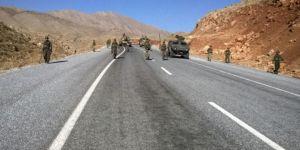 Bitlis'te araç mayına bastı: Yaralılar var