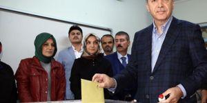 President Erdoğan casts vote in Istanbul