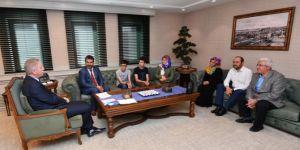 Gaziantep Valisi LGS birincilerini kabul etti