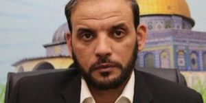 Hamas urges PLO to confront conspiracies together