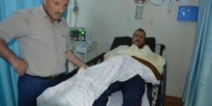 Baykan'da zehirli yılanın ısırdığı çiftçi hastaneye kaldırıldı