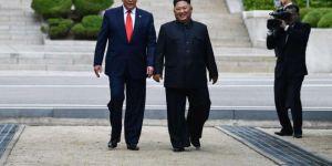 Trump ile Kim silahsızlandırılmış bölgede buluştu