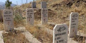 PKK'nin katlettiği anne ve çocuklarının acısı tazeliğini koruyor