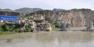 Hasankeyf Kaymakamlığı Dicle Nehri'ne girilmesini yasakladı