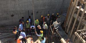 Kâhta'da inşaattan düşen işçinin ayağı kırıldı