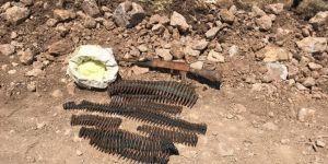 10 kilogram TNT toz patlayıcı ile mühimmat ele geçirildi
