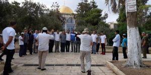 2,500 occupiers storm Masjid Al-Aqsa in July