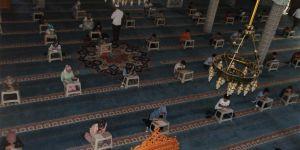 Solhan'da yaz Kur'an kuşlarına katılan öğrenciler arasında ödüllü yarışma