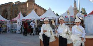 Bitlis'te 150 çocuk için toplu sünnet şöleni