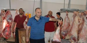 Diyanet Vakfı Bitlis'te binlerce aileye kurban eti dağıttı