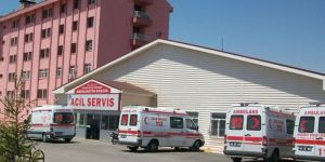 Aksaray'da otomobil şarampole devrildi: 1'i çocuk 3 ölü 4 yaralı